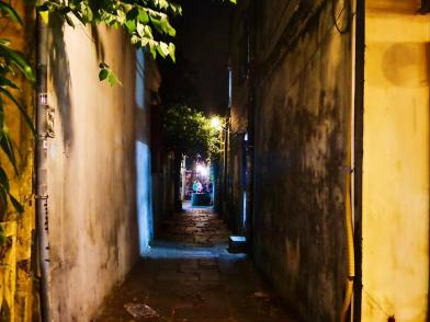 Yellow alleys